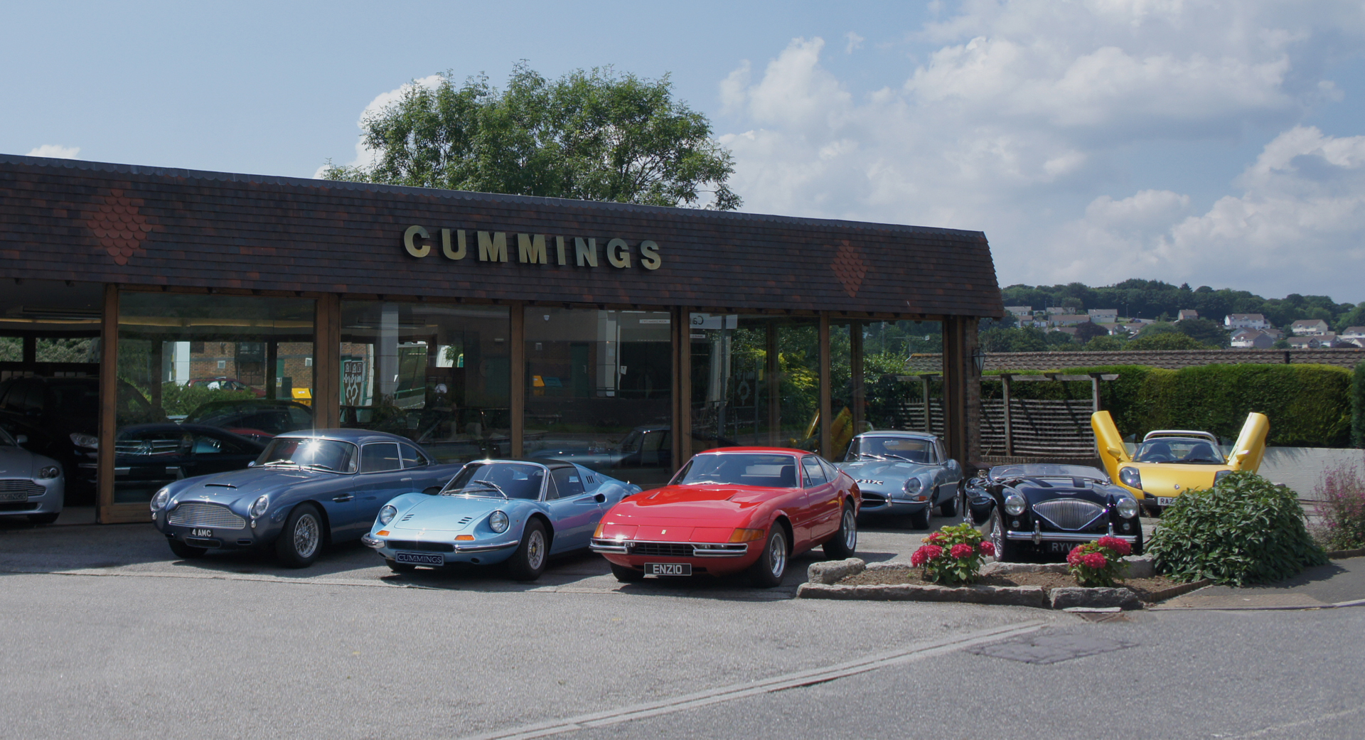 THE COMPLETE MOTORING CENTRE